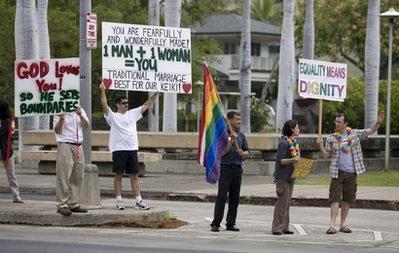 Hawaii Govenor Rejects Same-Sex Civil Unions Bill